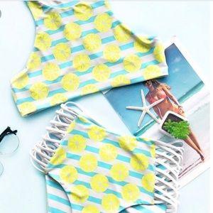 NWT Cupshe reversible high waisted bikini
